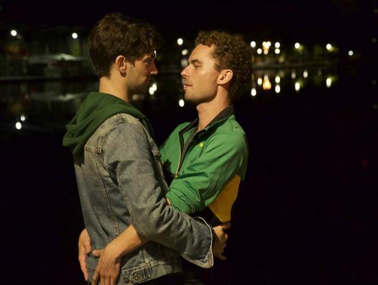 Théo et Hugo dans le même bateau (Olivier Ducastel, Jacques Martineau, 2015)